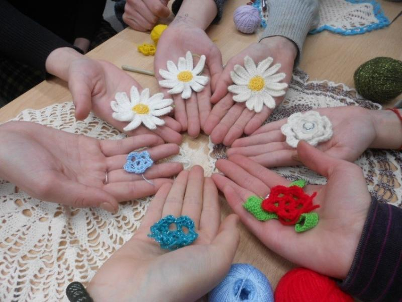 Для таганрогских детей открыли бесплатную студию по декоративно-прикладному творчеству
