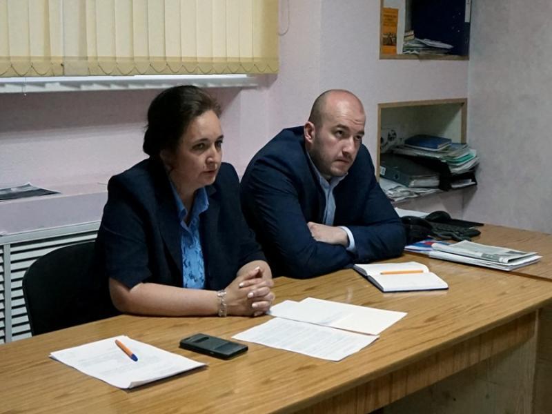 Инна Титаренко организовала встречу помощника прокурора с активом избирательного округа №20 в Таганроге