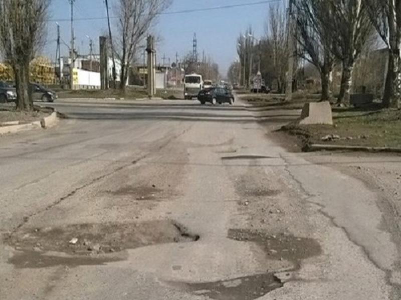 Таганрогу на ремонт дорог выделят  почти 130 млн рублей
