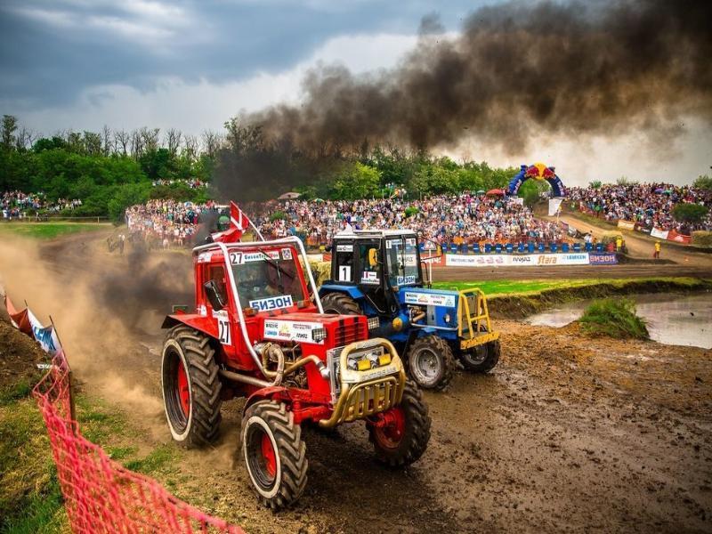 Единственные в России гонки на тракторах пройдут под Таганрогом