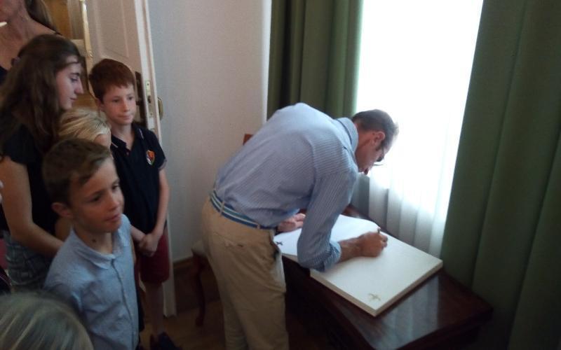 Потомки градоначальника, установившего памятник Петру I, посетили Таганрог