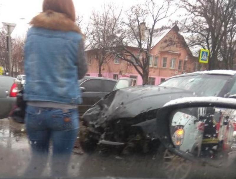 После  ухудшения погоды в Таганроге массово начались аварии