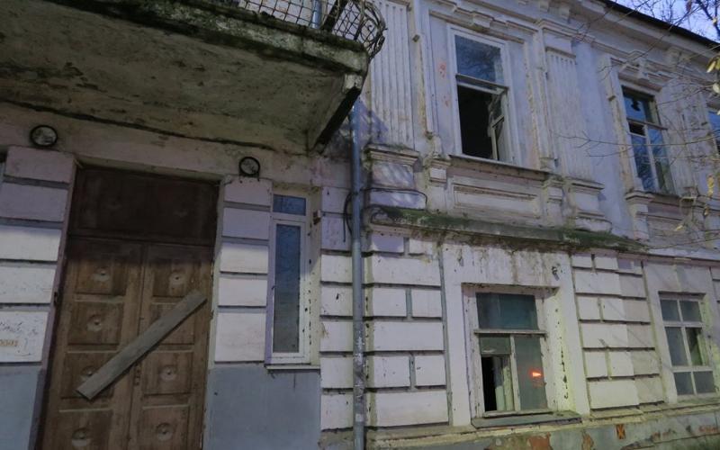 «Варварским отношением собственника к историческим зданиям» назвал блогер больницу Водников