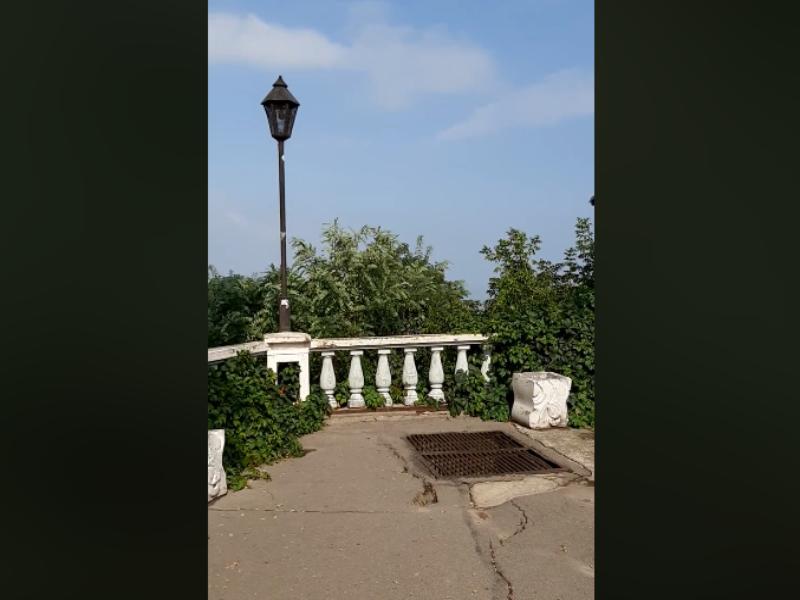 Главная смотровая площадка Таганрога в удручающем состоянии