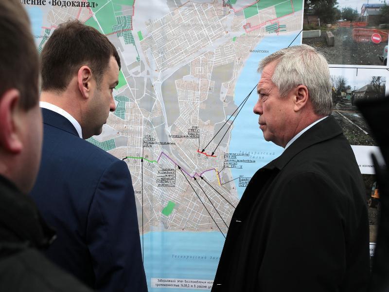 Губернатору доложили, что половина обрушившегося коллектора в Таганроге восстановлена