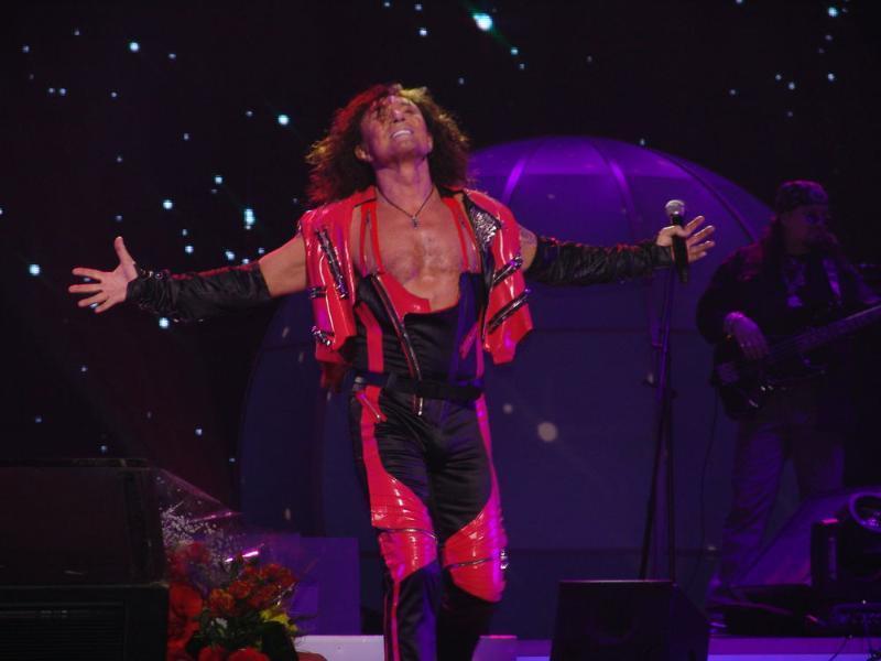 Таганрожцы остались под впечатлением от концерта Валерия Леонтьева