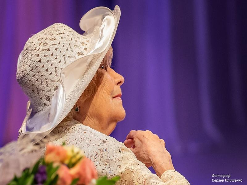 Заслуженная  артистка РФ Клара Евгеньевна Тузова отметила 90-летний юбилей