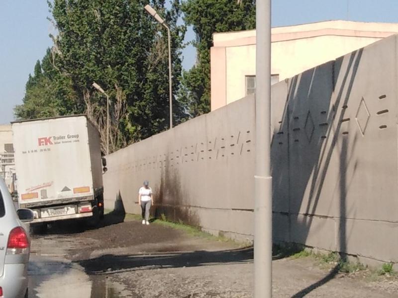 Тагмет не спешит заниматься парковками  для большегрузов