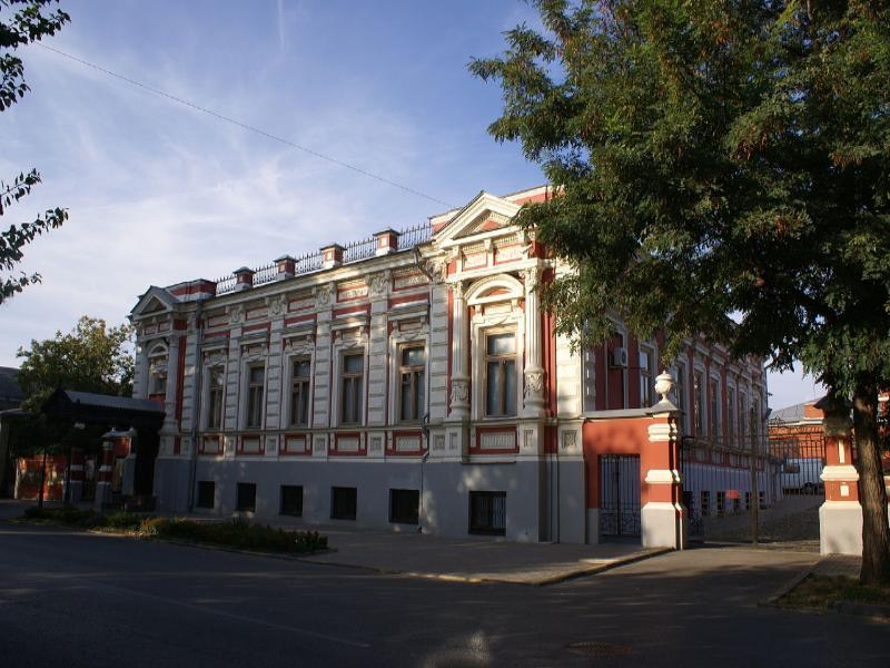 Таганрогскому художественному музею за 1,2 млн хотят купить шторы