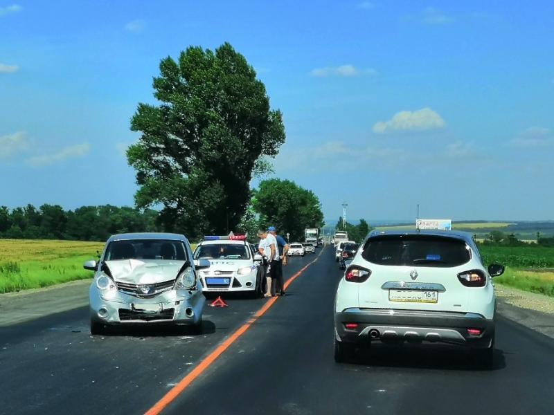 Под Таганрогом вновь ДТП у поворота на Вареновку – водителя ослепило солнце