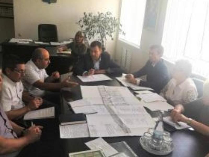 Глава администрации Таганрога Андрей Лисицкий обсудил с застройщиками новый микрорайон «Софьино»