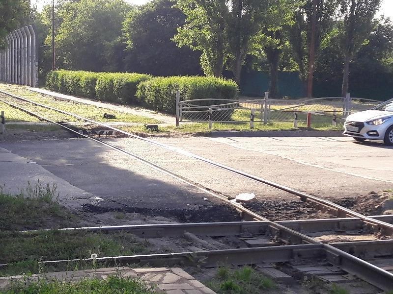 В Таганроге уменьшились пробки на Дзержинке - наконец отремонтировали переезд