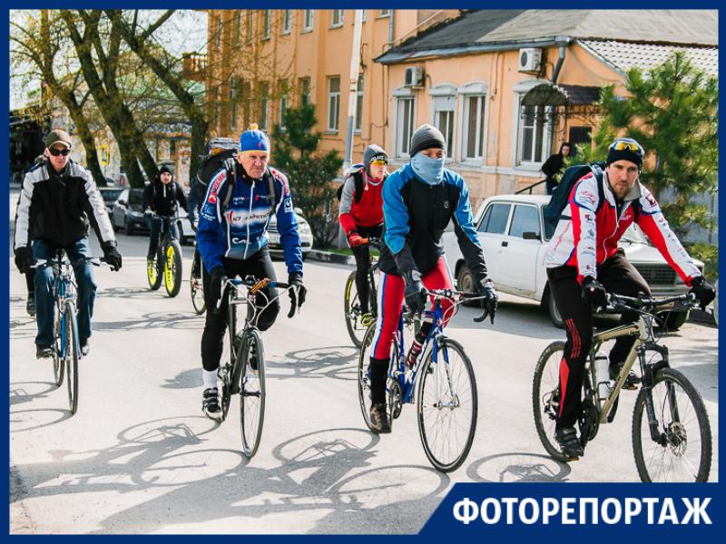 В Таганроге стартовал автовеломарш «Спасибо за Победу»