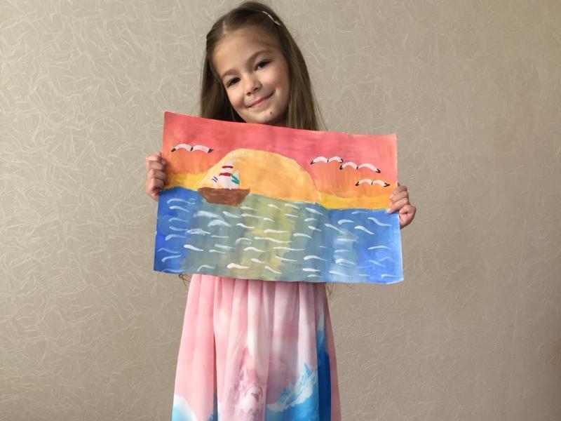 Марина Палий нарисовала красивый закат, которым хочет полюбоваться на Черном море