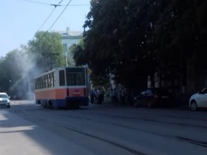 Снова дым коромыслом от трамвая в Таганроге