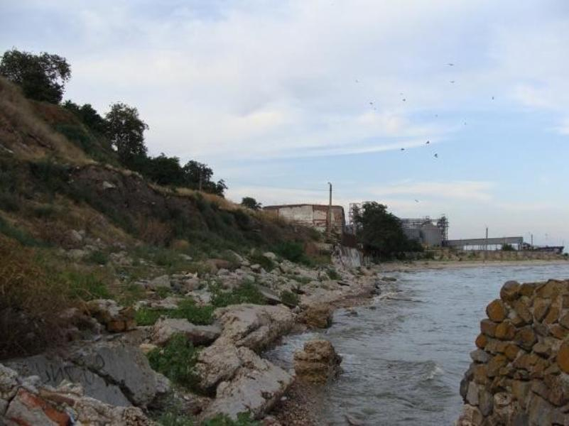 Бетон или галька - чем же укрепят берега Таганрогского залива