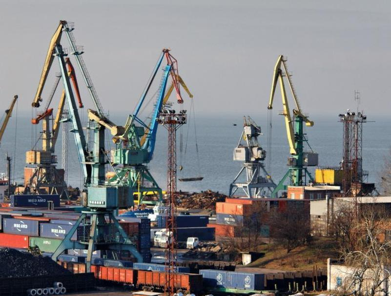 Грузооборот порта Таганрога упал на 11% по сравнению с прошлым годом