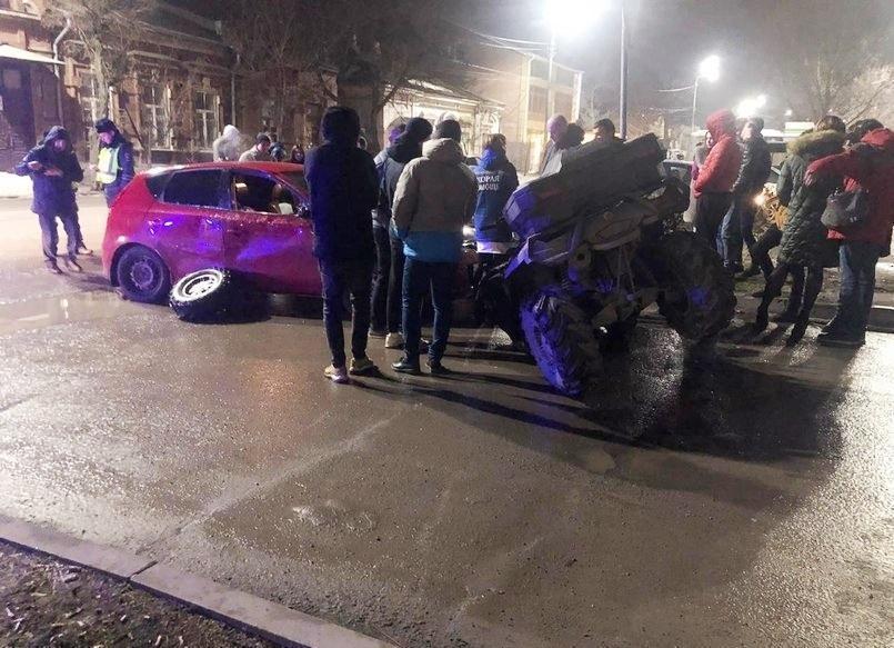 Водитель квадроцикла погиб в ДТП в Таганроге
