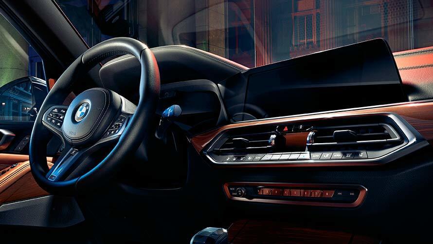 BMW X5: безграничный шик и функциональность от немецкого производителя