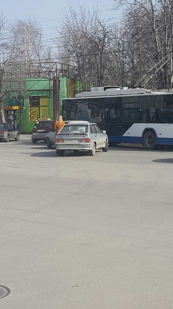 В таганроге произошло два ДТП с участием общественного транспорта