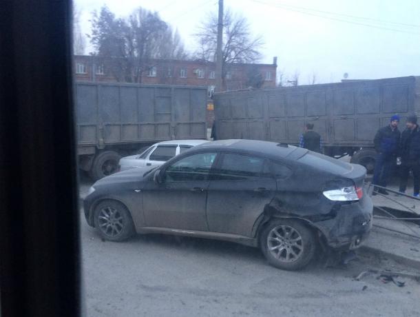 В Таганроге на Социалистической произошла авария