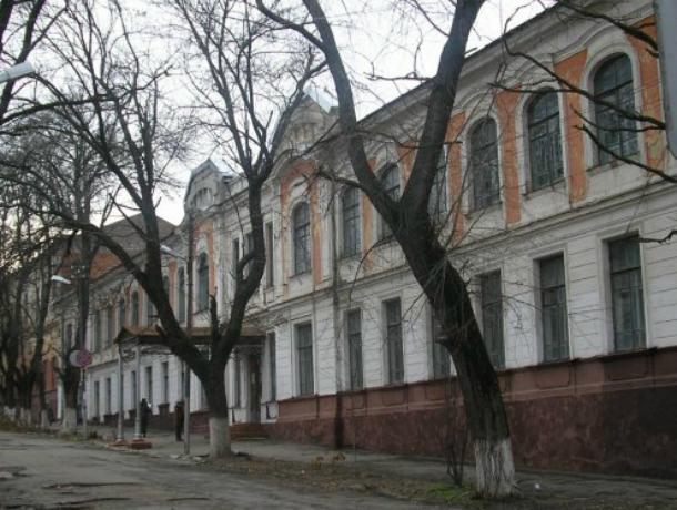 Таганрогский лицей № 4 вошел в число лучших школ России в 2017 году