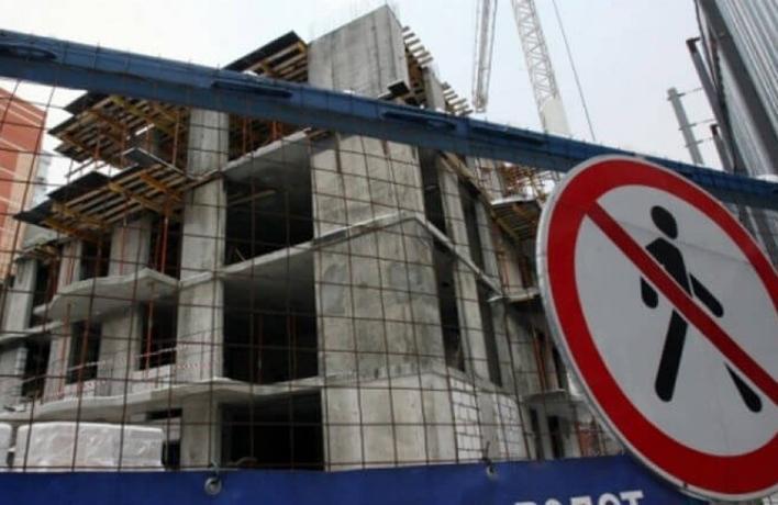 Почти 3 миллиона рублей потеряли обманутые дольщики жилого дома в Таганроге