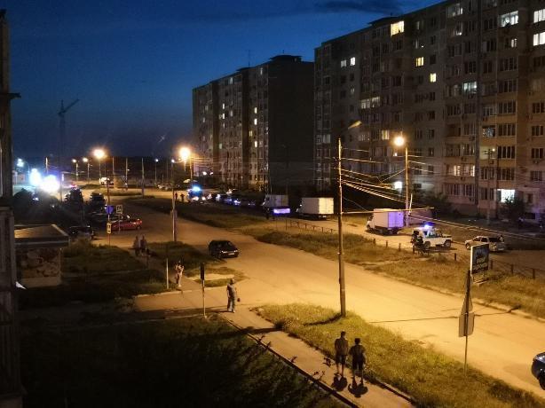 В Таганроге из-за угрозы взрыва жителей многоэтажки срочно эвакуировали