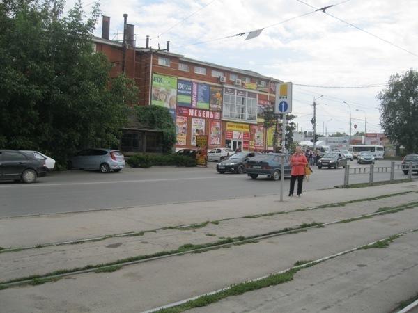 В «Благоустройстве» Таганрога не знают о требованиях к оборудованию остановок