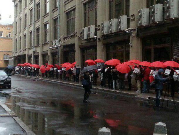  В Таганроге движение «Суть времени» отправило Президенту  более 14 тысяч  живых подписей