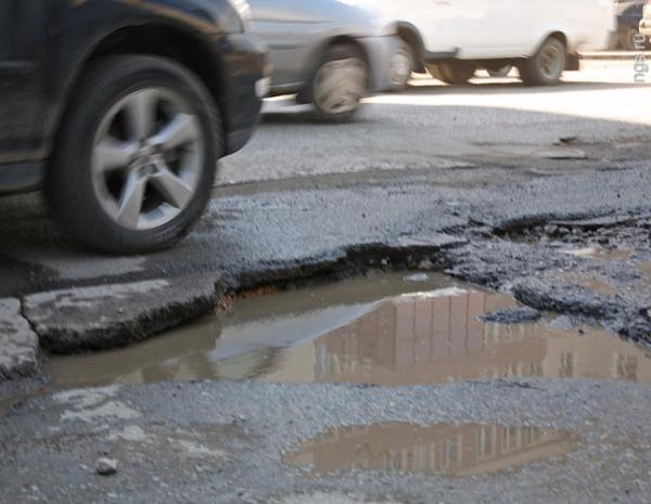 77% жителей Таганрога недовольны состоянием городских дорог