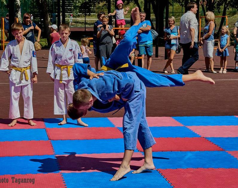 Таганрожцев приглашают на спортивный праздник