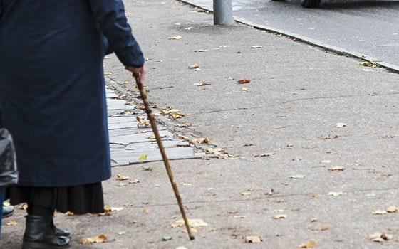 В Таганроге автоледи на иномарке сбила пенсионерку
