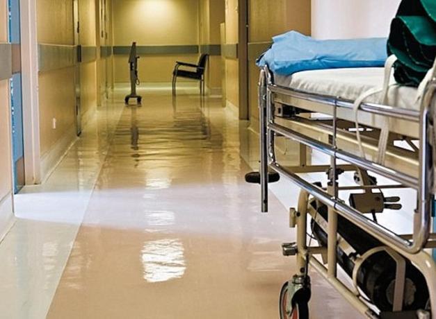 В больнице Таганрога по неизвестной причине скончался подросток