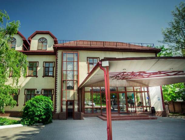 Собственники выставили на продажу две таганрогские гостиницы