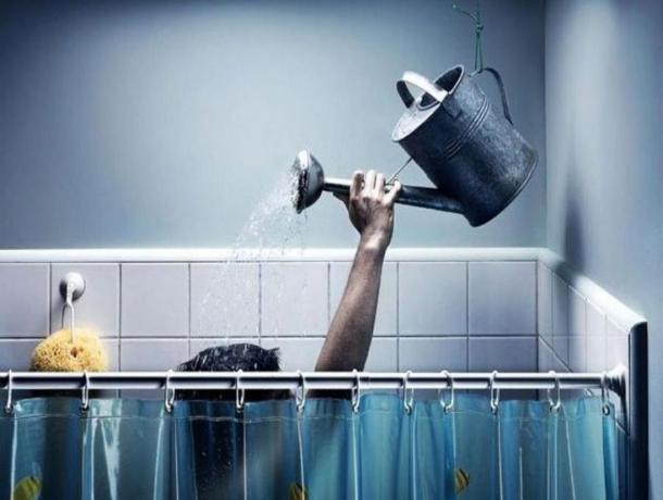 Таганрожцам посоветовали мыться заранее
