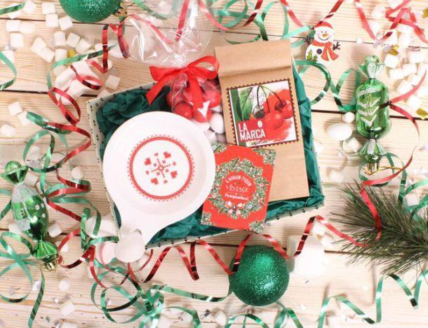 С новогодним подарком для родных, друзей или коллег выручит «Vintage»